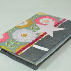 protège carnet de santé lin gris fleurs vintage 1
